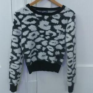 Freshman 1996 Fluffy Black & White Sweater. Size M
